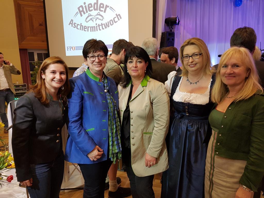 Freiheitliche Frauen auch beim Aschermittwochstreffen in Ried dabei!